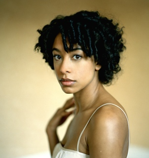 http://standing8.files.wordpress.com/2008/08/corinne_bailey_rae.jpg?resize=302%2C320
